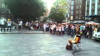 preview picture of video '03.08.2011 Heiratsantrag auf der Kröpi in Rostock (Proposal, Germany)'