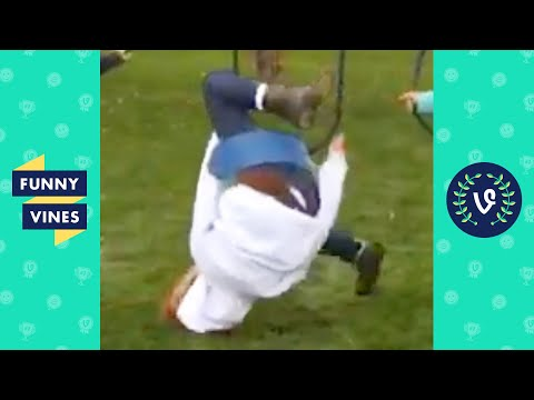 Download TRY NOT TO LAUGH - Best Funny Fails! HD Mp4 3GP Video and MP3