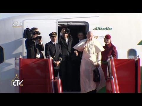 Départ du Pape François d'Arménie