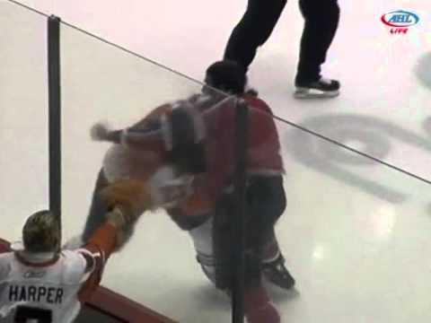 Corey Tropp vs Zac Rinaldo