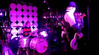 Baby Doll Riot (at the Clash Bar) - Cover of Johnny Thunder's Baby Talk