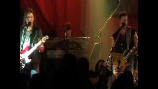 Sifon-rock/Nejsi na kolenou