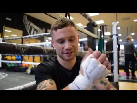 'USYK CAN CAUSE PROBLEMS FOR SOME BIG STIFF HEAVYWIGHTS' - CARL FRAMPTON ON WARRINGTON CLASH DEC 22