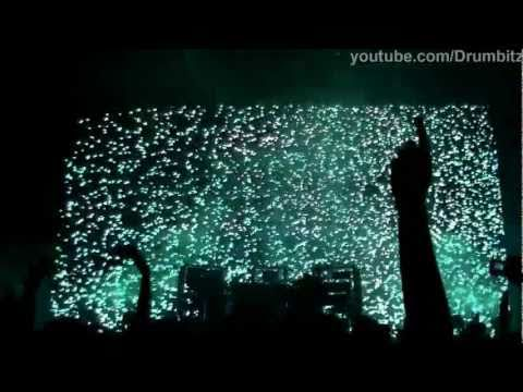 [FHD] The Chemical Brothers - Snow + Surface To Air + Hoops @ Live In Moscow  2011