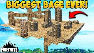 HACKER MAKES CRAZIEST SKY BASE EVER! - Fortnite Funny Fails and WTF Moments! #204 (Daily Moments)