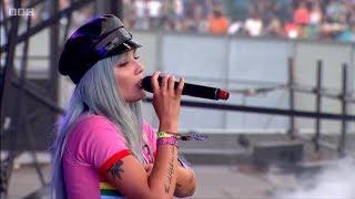 Halsey - Strangers (Live at Glastonbury 2017)