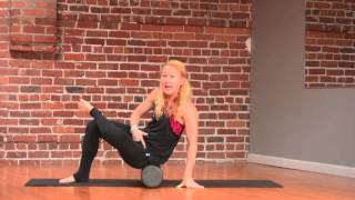 How to Use a Foam Roller Properly + a 5-Minute Routine to Try by UrbanKick