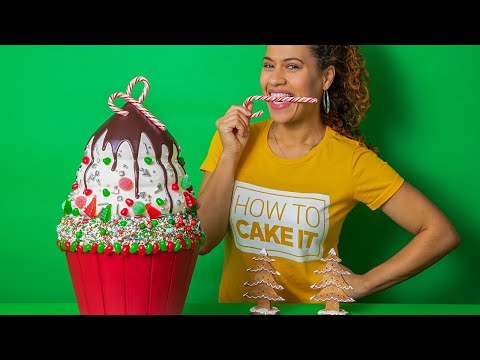 Bet Yall Can't Do This: MASSIVE Christmas Cupcake – 2 feet tall!