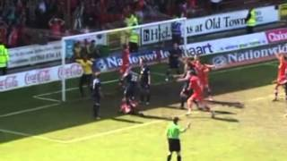 preview picture of video '2007-05-05 Swindon Town vs Walsall'