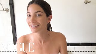Lily Aldridges 90-Second Easy Summer Beauty Look | Beauty Secrets | Vogue
