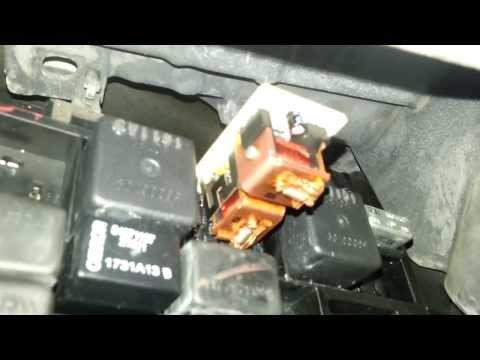"Full Cheap (FREE) OEM: Turn Signal ""Blinkers"" Relay Failure Repair 99 - 04 Jeep WJ Grand Cherokee"
