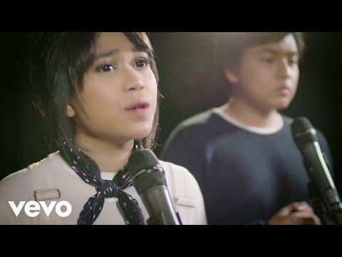 , title : 'Arsy Widianto, Brisia Jodie - Dengan Caraku (Acoustic Version)'