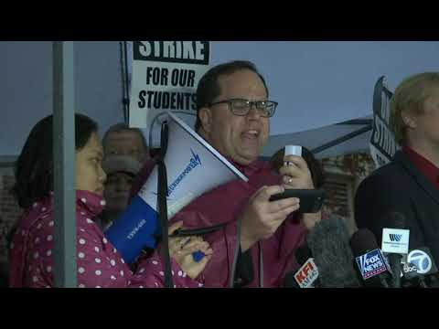 Tens of thousands of Los Angeles teachers went on strike Monday after contentious contract negotiations failed in the nation's second-largest school district. (Jan. 14)