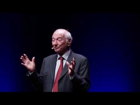 PERCHE' L'INNOVAZIONE E' PIU' IMPORTANTE DELLA POLITICA | Piero Angela | TEDxCNR