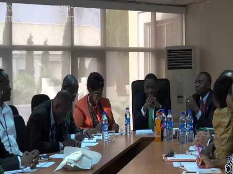 UNFPA ED and Regional Director meeting with CO staff