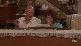 "Woody Harrelson and Marisa Tomei Sing ""Those Were The Days"" – Live In Front Of A Studio Audience"
