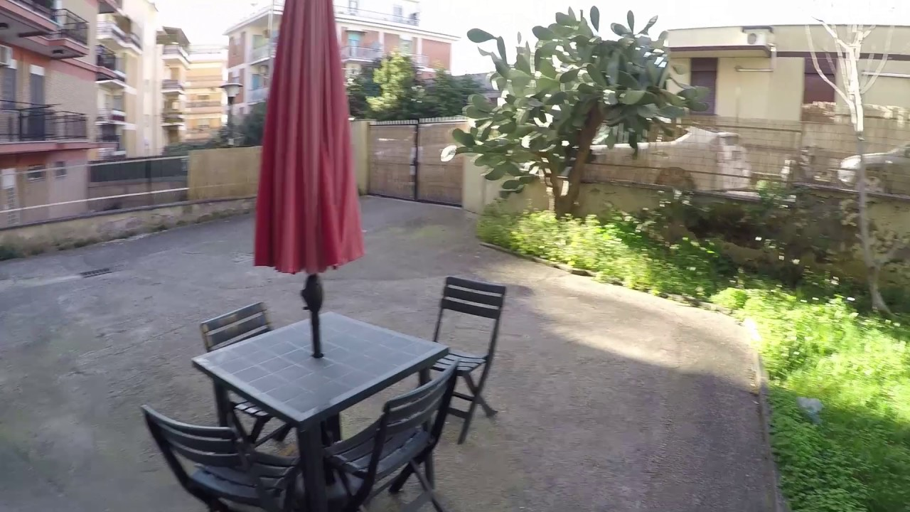 4 spacious rooms for rent in a pet friendly apartment with a private garden in Torrevecchia