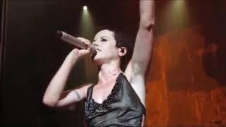 Dolores O'Riordan - Dreams