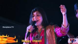 Alka Yagnik singing Koi Rok Sake To Rok Le song at DFWICS Diwali Mela 2015 at Dallas.