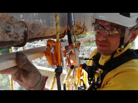 Ristrutturazioni edili appesi a delle corde senza cestello a qualsiasi altezza