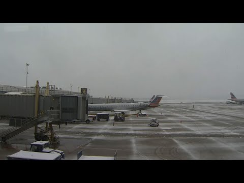 A winter storm is disrupting air travel in the mid-Atlantic region. (Feb. 20)