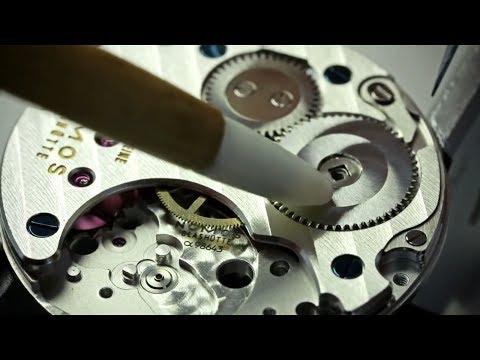 La metódica, precisa y artesanal fabricación de los relojes mecánicos