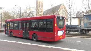 preview picture of video 'Route 33 London Buses At Hammersmith/East Sheen 17 March 2015'