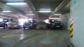 Полиция начала штрафовать автовладельцев в аэропорту Алматы