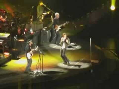 Bon Jovi - We Will Rock You & Summertime (Live 2008)