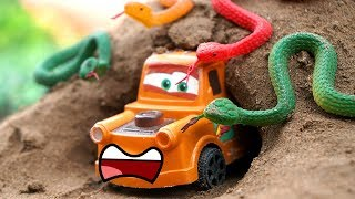 Snakes Attack Tow  Mater Power Ranger | Tow Mater, Run! | #CartoysTV