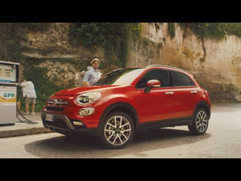 Fiat  500 X Off Road LOOK Паркетник класса J - рекламное видео 2