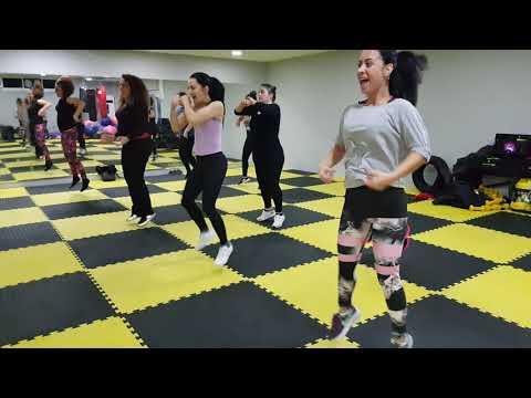 Dans Ederek Zayıflamanın En Eğlencelisi Zumba Dans Bayanlara Özel Grub DERSİ