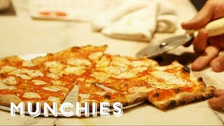 The Pizza Show: Extra Slice - Dueling Pizzas