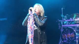 Def Leppard - Paper Sun (Live in Charlotte, NC 6/30/15)