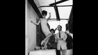 Lucio Dalla - Balla Balla Ballerino  (Giusto Per)