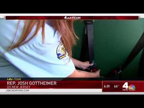 5 Injured When Yeshiva Yeshiva Mevakshei Hashem Bus Overturns on NJ Turnpike
