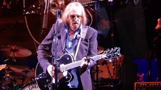 Tom Petty and the Heartbreakers.....Crawling Back to You.....8/22/17.....Berkeley