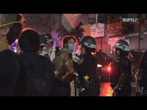 ΗΠΑ: Η αστυνομία συνέλαβε διαδηλωτές που διαμαρτύρονταν ειρηνικά, στο Μπρούκλιν