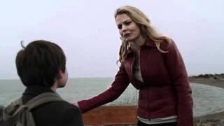 Henry essaie de convaincre Emma VO
