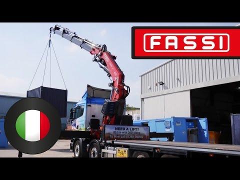 Gru Fassi F820RA: sollevamento a 360° grazie a 6 stabilizzatori