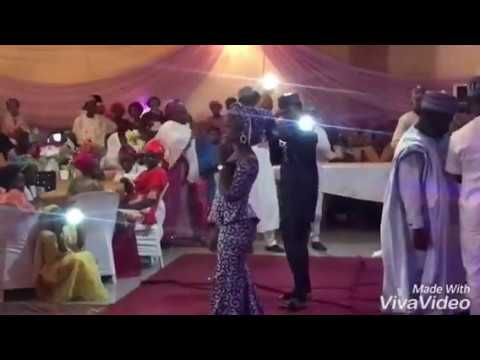 Kalli Yan Da Umar M Shareef - Maryam Yahaya Ke - performing live at wedding party, #Kano