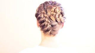Смотреть онлайн Как сделать романтичную прическу из французской косы