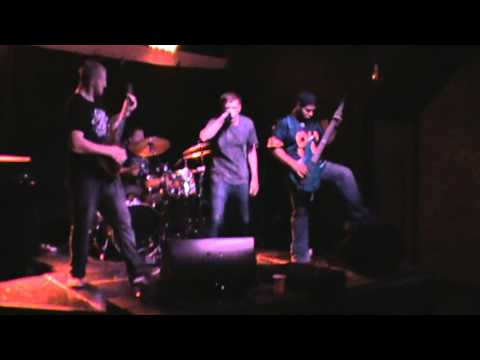ESCAPIST (THE KILLER IN ME LIVE @ THE ULTRA LOUNGE)