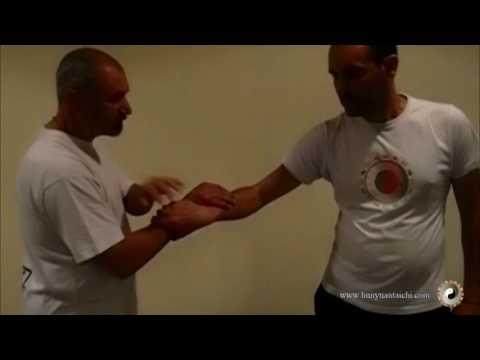 Técnica de atrapes y las potencias de taichi