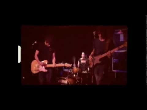 http://www.youtube.com/watch?v=WHsX2VDjEBg&sns=em
