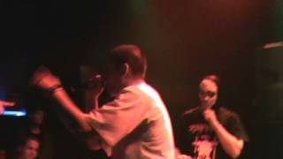 Video DeSade Kuřák (live) UNOFFICIAL