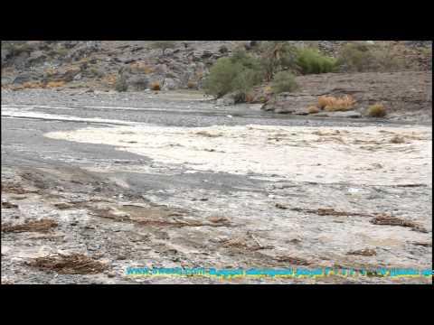 سيل وادي عاهن 7 10 2011 لقطة رائعة جدا
