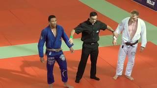 Dominique Bell vs Frederic Vosgröne - IBJJF British National 2018 - Open