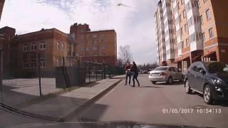 Празднуй Первомай ! драка водителей в Речном