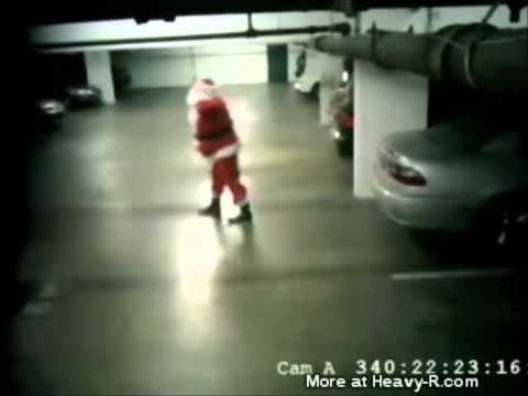 Image video Le père Noël a beaucoup de mal